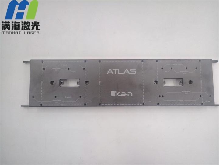 机箱氧化铝面板激光打标加工