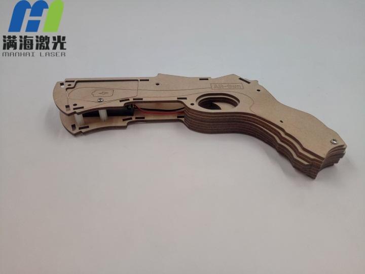 木制品玩具枪激光雕刻